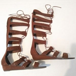 Carlos Santana brown gladiator shoes sanda 8.5